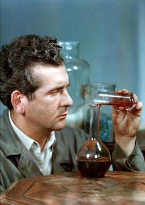 Josef Šechtl as laboratory assistant, 1955