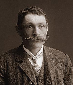 Šechtl & Voseček: Moustache